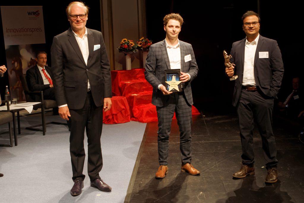 Übergabe des Innovationspreises an Tim Opitz